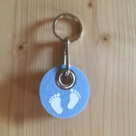 Filz Schlüsselanhänger Babyfüsschen - hellblau